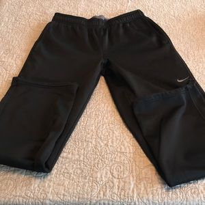 Nike therma-fit black fleece lined sweat pants